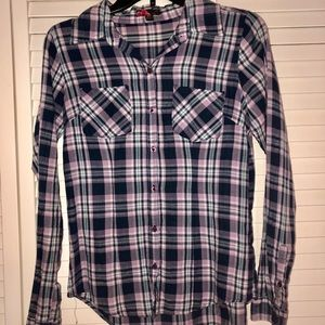 21 Long Sleeves Flannel Button Down Shirt